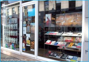Traitement nettoyage Easy Vision pour vos vitres vitrines vitrages de magasins